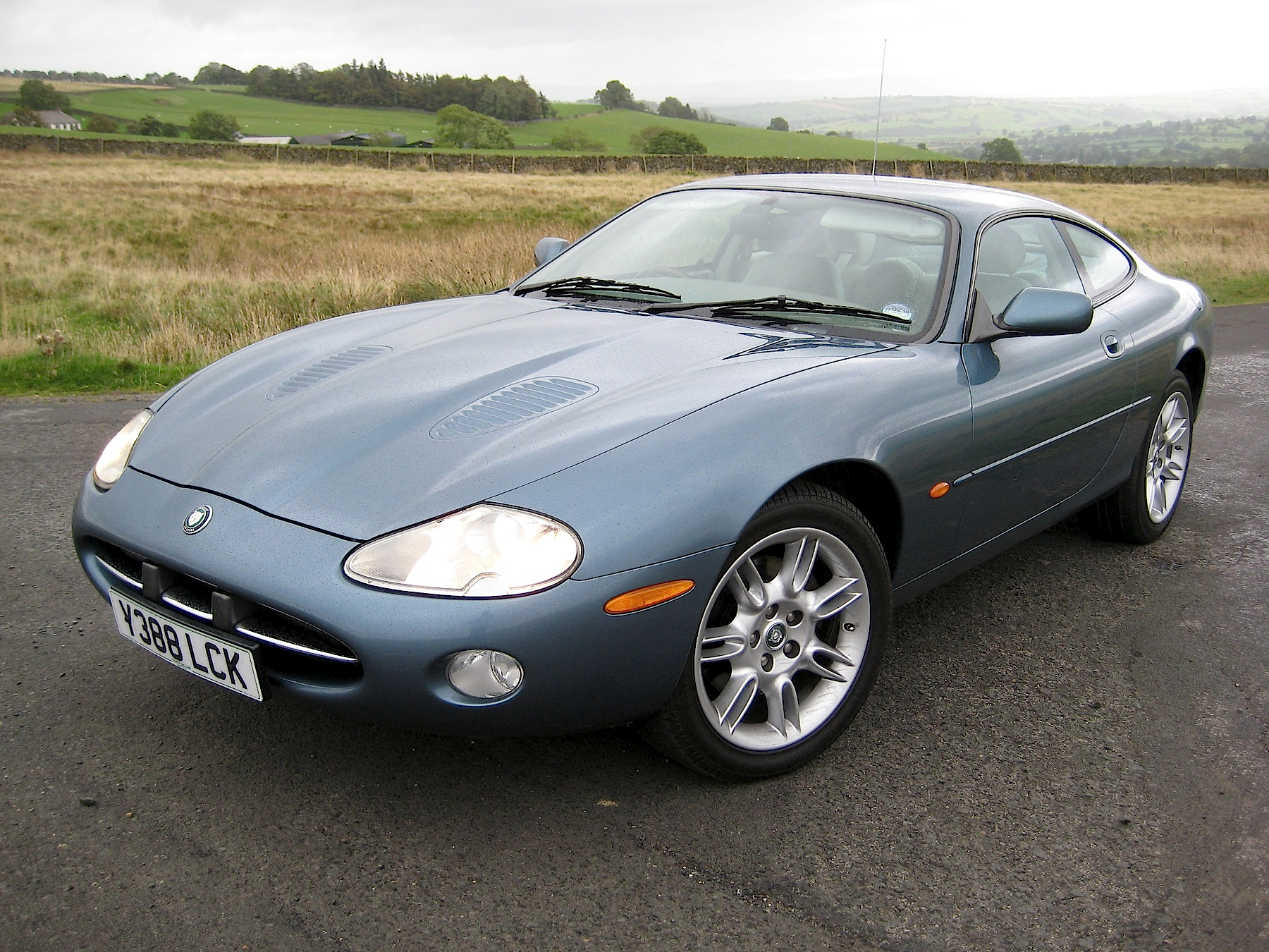 jaguar northamptonshire for seller pin used private coupe from sale xkr in
